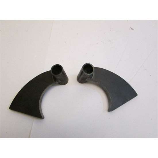 Garage sale transverse rear leaf spring axle mounting