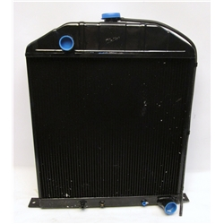 Garage Sale - Walker Z-493-1 Z-Series 1942-1948 Ford Radiator for Chevy Engine